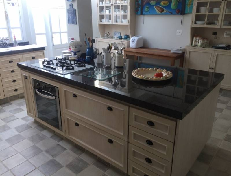 Móvel de Madeira para Cozinha Jardim Bonfiglioli - Móveis de Madeira Cozinha