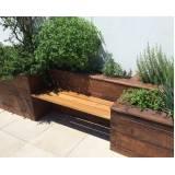 onde encontro móveis de madeira para área externa Residencial Três